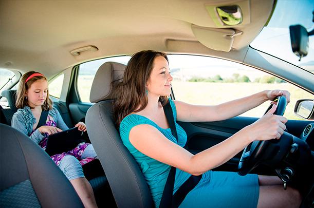 Acessórios de carro úteis para mamães