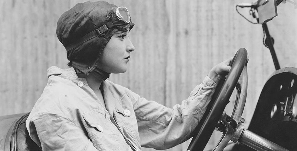 Curiosidades sobre mulheres apaixonadas por carro que fizeram história